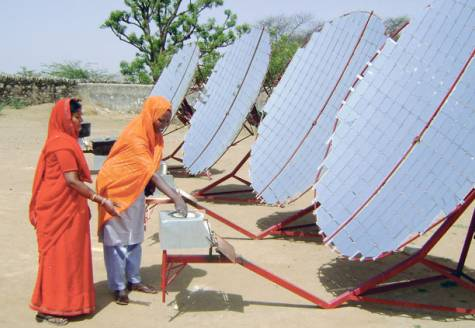 barefoot_solar_engineers
